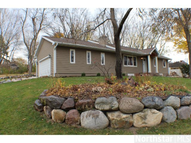 Rental Homes for Rent, ListingId:23074159, location: 16425 Norwood Drive Minnetonka 55345