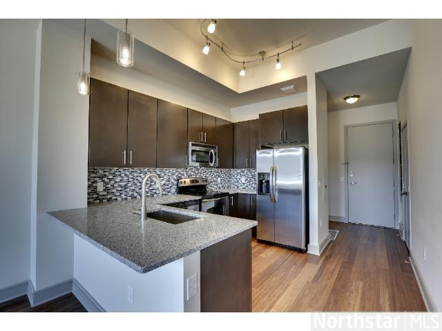 Rental Homes for Rent, ListingId:23519435, location: 2837 Dupont Avenue Minneapolis 55408