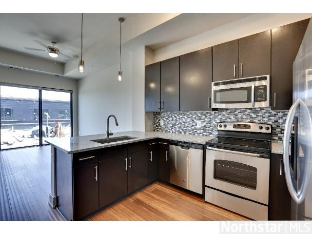 Rental Homes for Rent, ListingId:23519436, location: 2837 Dupont Avenue Minneapolis 55408