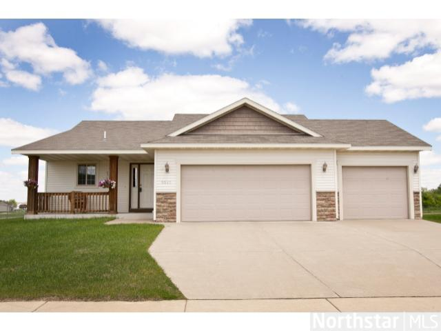 6625 Black Spruce St, St. Cloud, MN 56303