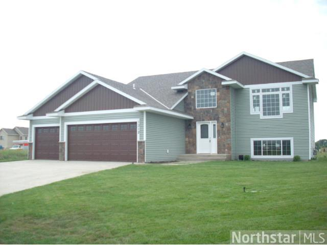 1312 Mockingbird Loop, Sartell, MN 56377