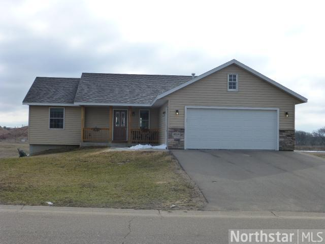 1824 White Pine Way, New Richmond, WI 54017