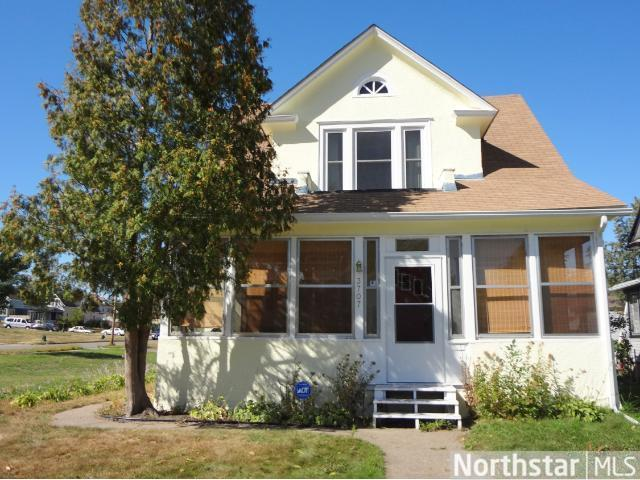 Rental Homes for Rent, ListingId:23382143, location: 3707 Dupont Ave N Minneapolis 55412