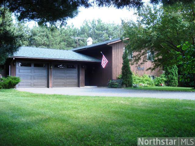 734 72nd St, Somerset, WI 54025