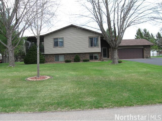 1582 Cottonwood Rd, St. Cloud, MN 56303