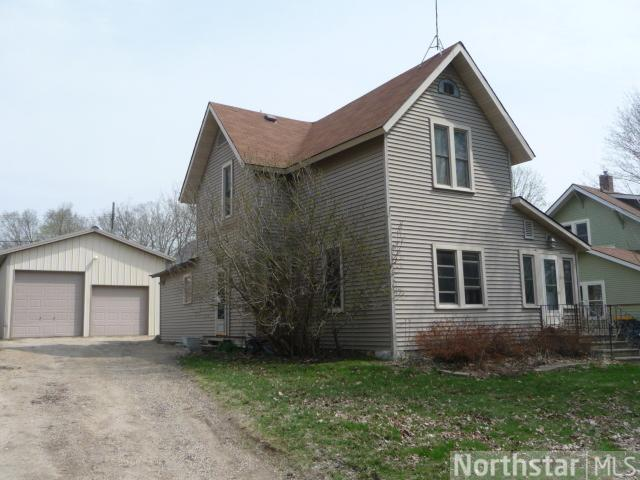 634 W Main St, Ellsworth, WI 54011