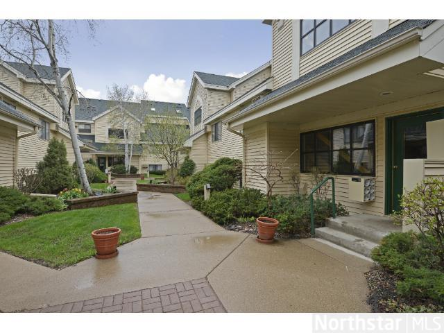 7601 Edinborough Way # 6308, Edina, MN 55435