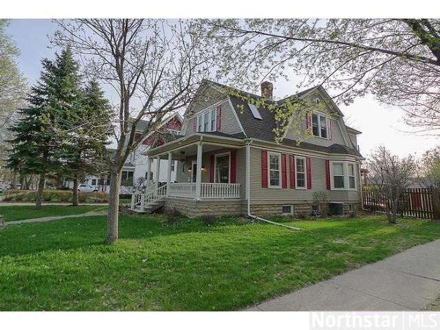 127 N 4th St, River Falls, WI 54022