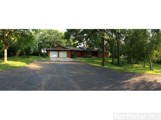7805 Deer Creek Cir, Minnetrista, MN 55359