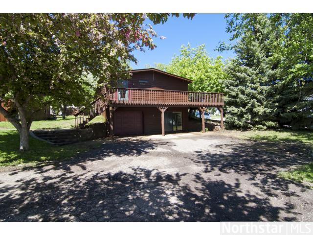5160 Oak St, Maple Plain, MN 55359