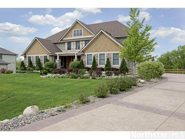 7620 Crosswind Ct, Lakeville, MN 55044