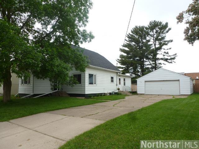 1330 Maple St, Baldwin, WI 54002