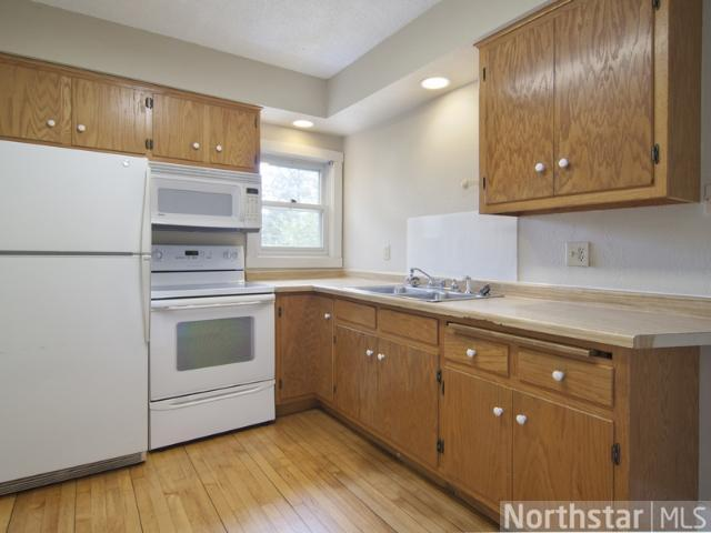 Rental Homes for Rent, ListingId:23960945, location: 1813 Dayton Avenue St Paul 55104