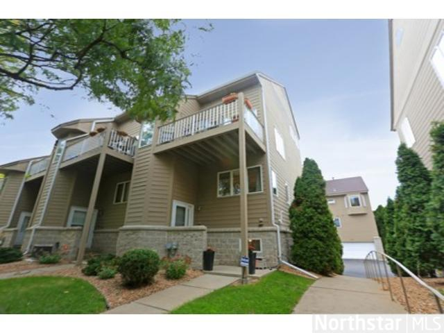 Rental Homes for Rent, ListingId:25599435, location: 2836 Kenwood Isles Drive Minneapolis 55408