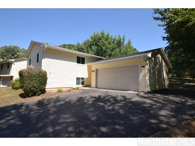 Rental Homes for Rent, ListingId:25741703, location: 905 123rd Lane NW Coon Rapids 55448