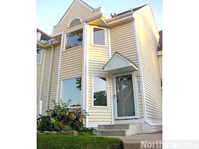 Rental Homes for Rent, ListingId:25725325, location: 304 3rd Avenue NE Minneapolis 55413