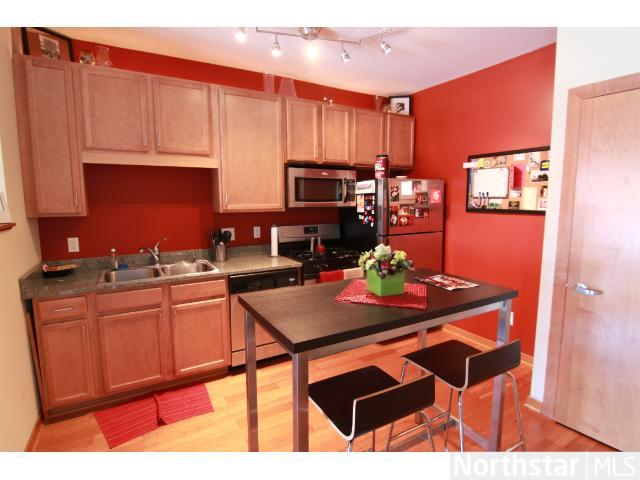Rental Homes for Rent, ListingId:25755028, location: 15 E Franklin Avenue Minneapolis 55404