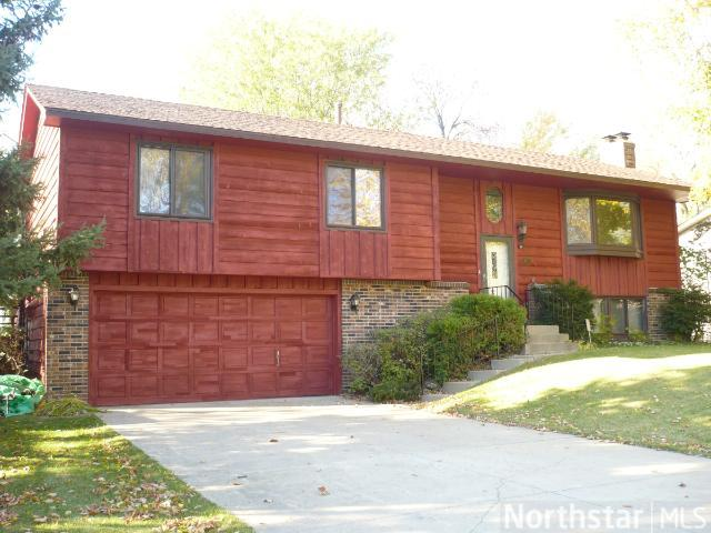 Rental Homes for Rent, ListingId:25919668, location: 6773 E Shadow Lake Drive Lino Lakes 55014