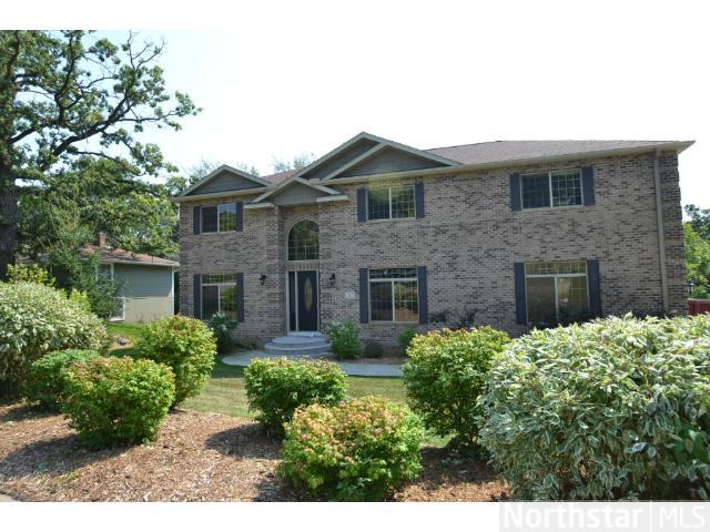 Rental Homes for Rent, ListingId:25944090, location: 22 Kingsview Lane N Minnetonka 55305