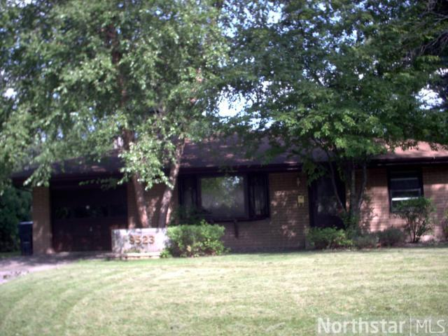 Rental Homes for Rent, ListingId:25991971, location: 9523 10th Avenue S Bloomington 55420
