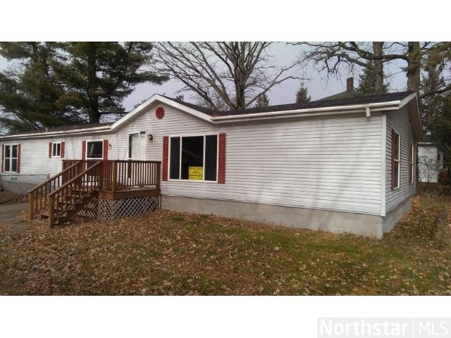 116 Wood St N, Backus, MN 56435