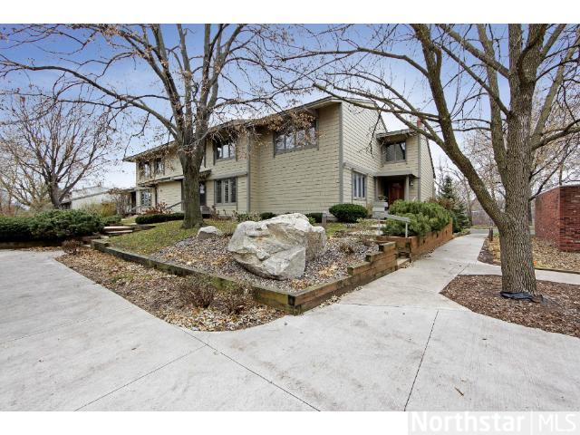 Rental Homes for Rent, ListingId:26071701, location: 1058 Cedar View Drive Minneapolis 55405