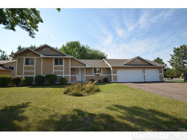 Rental Homes for Rent, ListingId:26137255, location: 9201 Pineview Lane N Maple Grove 55369