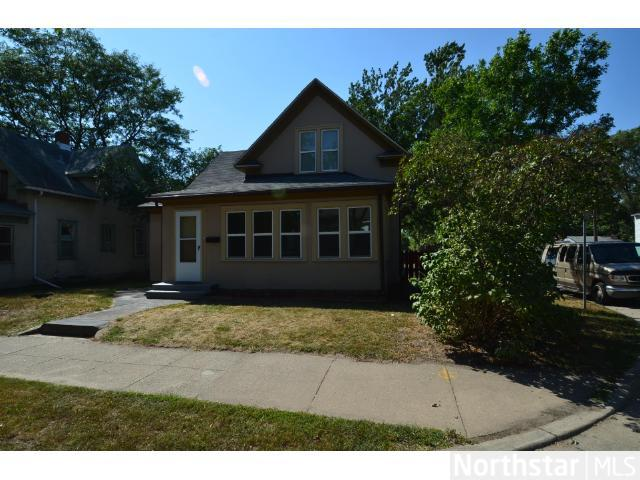 Rental Homes for Rent, ListingId:26137264, location: 2550 3rd Street NE Minneapolis 55418