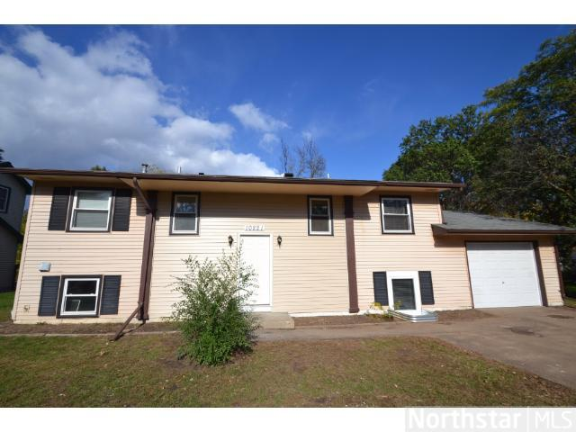 Rental Homes for Rent, ListingId:26154015, location: 10221 Mississippi Boulevard NW Coon Rapids 55433