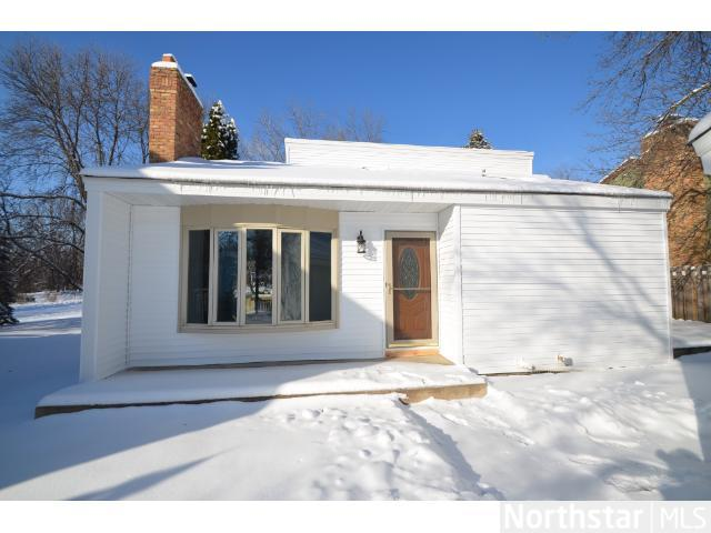 Rental Homes for Rent, ListingId:26160071, location: 1131 Benton Way Arden Hills 55112