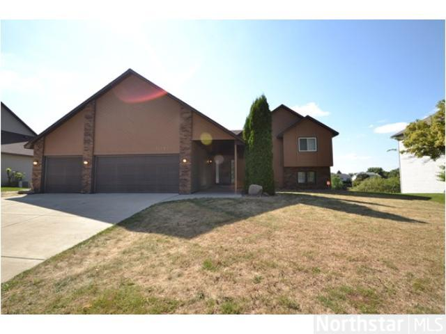 Rental Homes for Rent, ListingId:26171729, location: 15765 Garden View Drive Apple Valley 55124