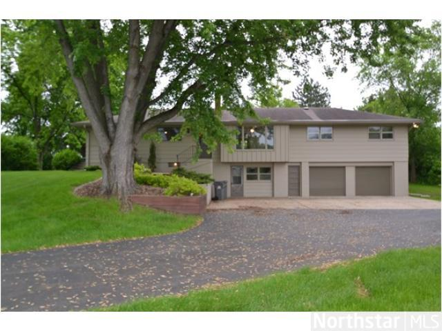Rental Homes for Rent, ListingId:26171734, location: 16481 Hilltop Road Eden Prairie 55347