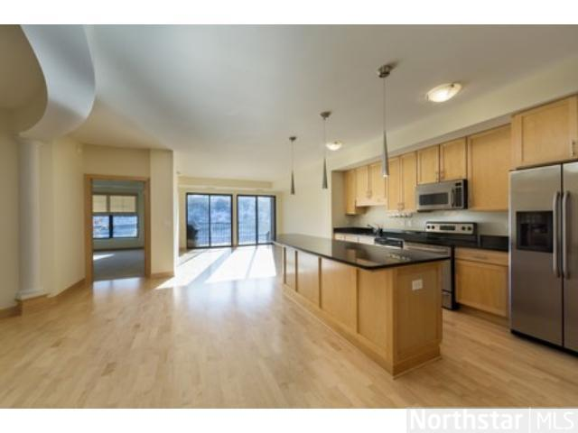 Rental Homes for Rent, ListingId:26195491, location: 317 Groveland Avenue Minneapolis 55403