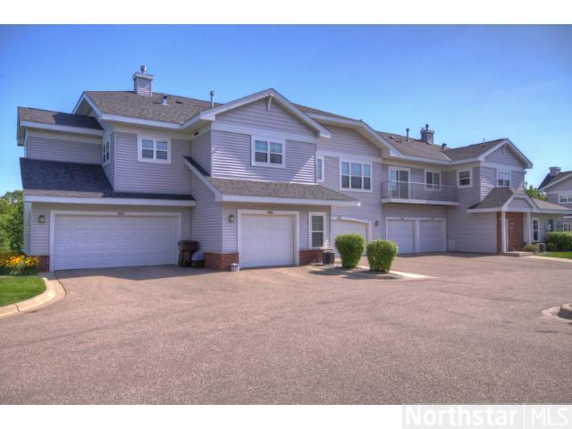 Rental Homes for Rent, ListingId:26490649, location: 3462 Autumn Woods Drive Chaska 55318