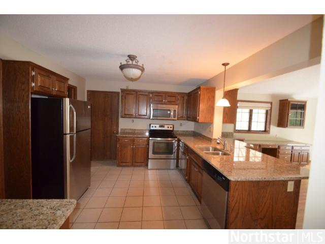 Rental Homes for Rent, ListingId:26582148, location: 3024 Furness Court Maplewood 55109