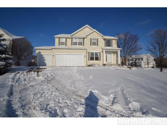 Rental Homes for Rent, ListingId:26598252, location: 2720 Autumn Woods Drive Chaska 55318