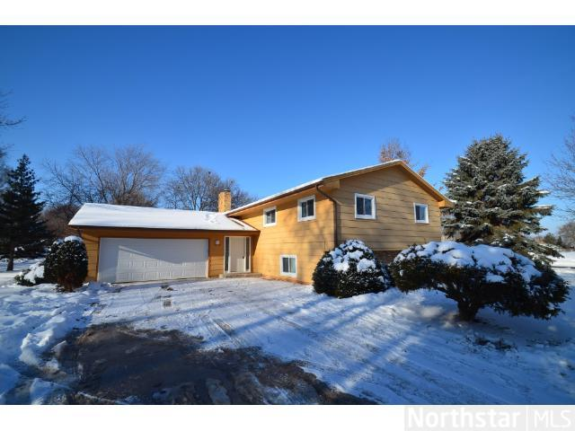 Rental Homes for Rent, ListingId:26657830, location: 13300 Dana Drive Burnsville 55337