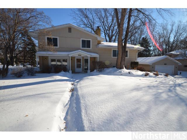 Rental Homes for Rent, ListingId:26709584, location: 5125 Woodridge Road Minnetonka 55345