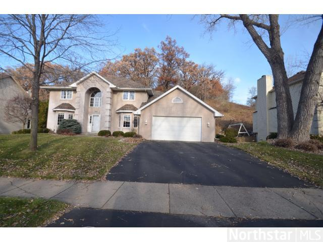 Rental Homes for Rent, ListingId:26842030, location: 6690 Promontory Drive Eden Prairie 55346