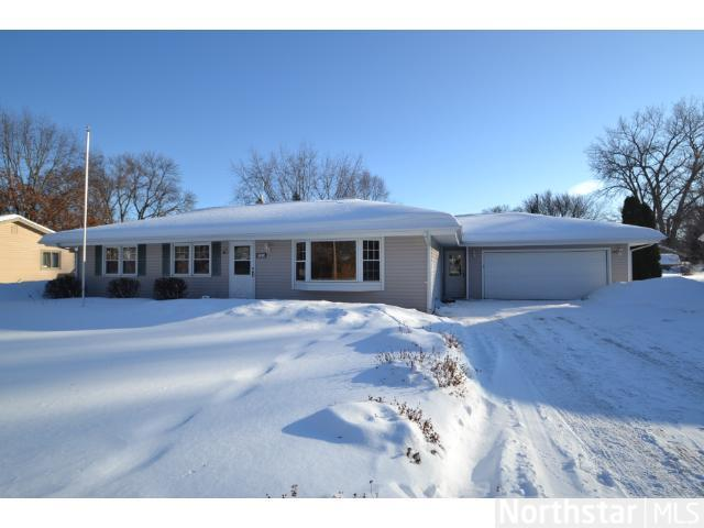 Rental Homes for Rent, ListingId:26884235, location: 205 W 77th Street Chanhassen 55317
