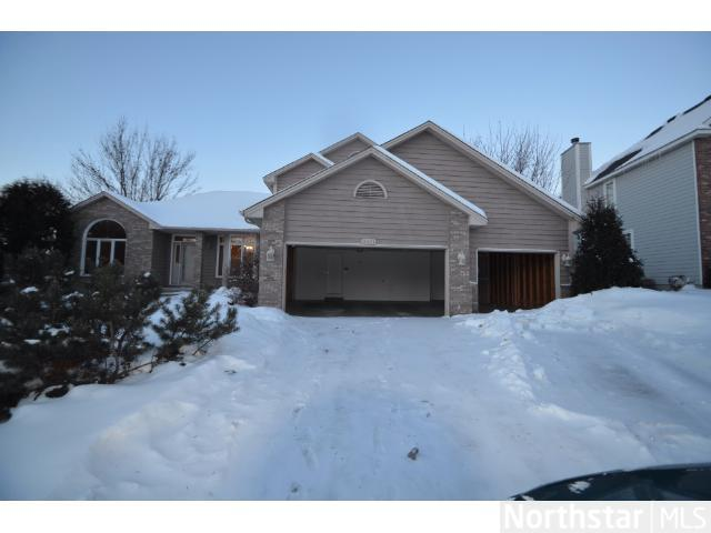 Rental Homes for Rent, ListingId:26903935, location: 8601 Upland Lane N Maple Grove 55311