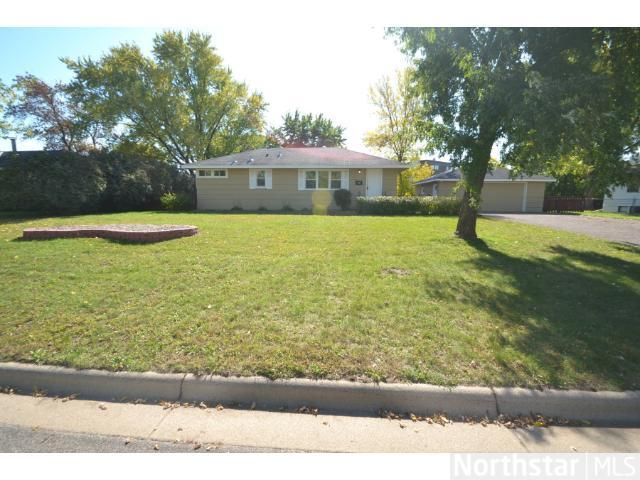 Rental Homes for Rent, ListingId:27136825, location: 7101 Hartkopf Lane Brooklyn Park 55428