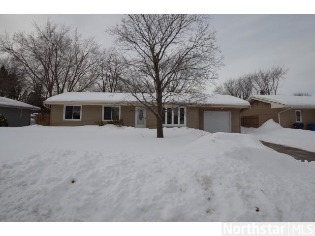 Rental Homes for Rent, ListingId:27141633, location: 6740 Kennaston Drive NE Fridley 55432