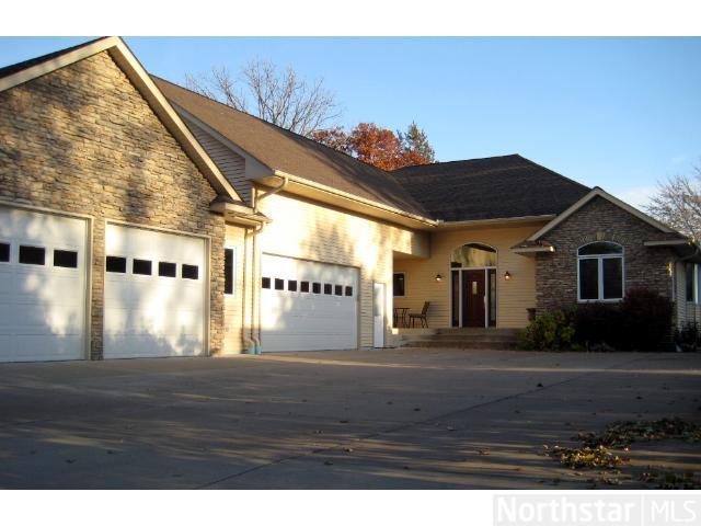 Real Estate for Sale, ListingId: 27331960, Forest Lake,MN55025