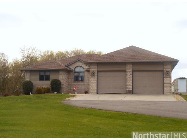 Real Estate for Sale, ListingId: 29128876, Eden Valley,MN55329