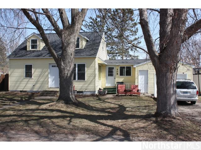 208 Cedar St N, Grey Eagle, MN 56336