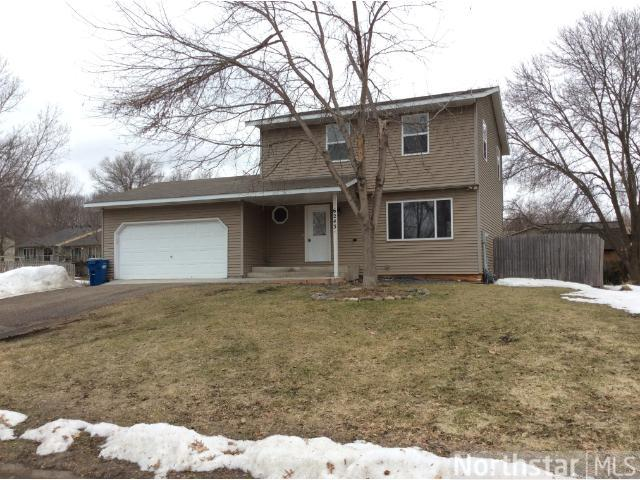 Rental Homes for Rent, ListingId:27455095, location: 6243 Larch Lane N Maple Grove 55369