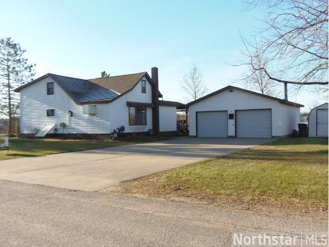 201 Mill Ave W, Clarissa, MN 56440