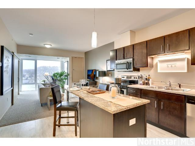 Rental Homes for Rent, ListingId:27506958, location: 84 Wabasha Street S St Paul 55107