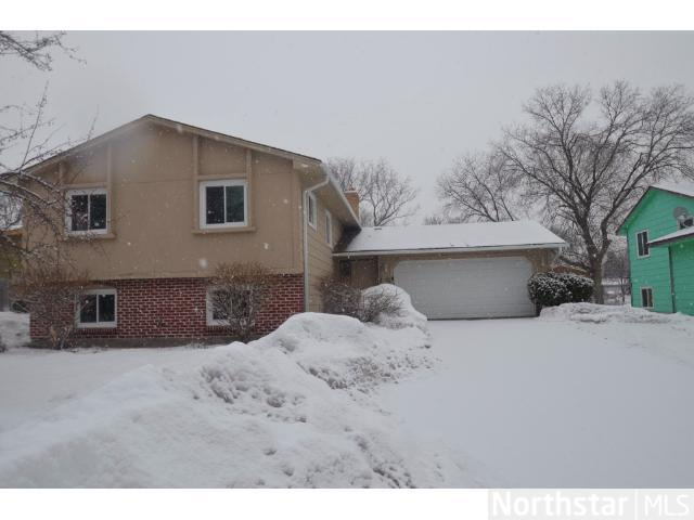Rental Homes for Rent, ListingId:27506546, location: 2708 83rd Lane N Brooklyn Park 55444